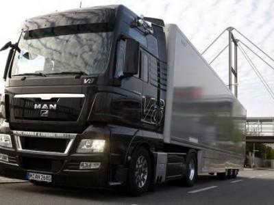Бортовой грузовик MAN