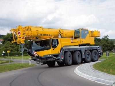 Автокран LIEBHERR LTM 1070